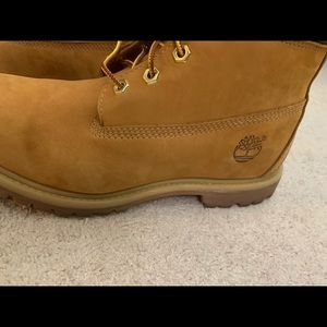 Timberland size 8 boots - authentic.
